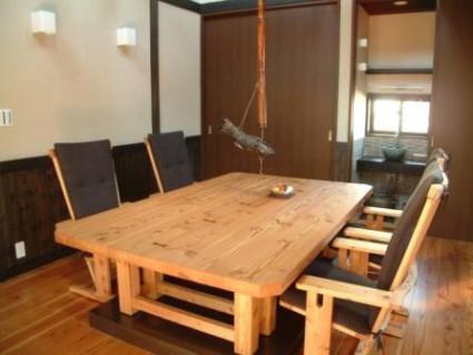 制作事例:居間テーブル 椅子